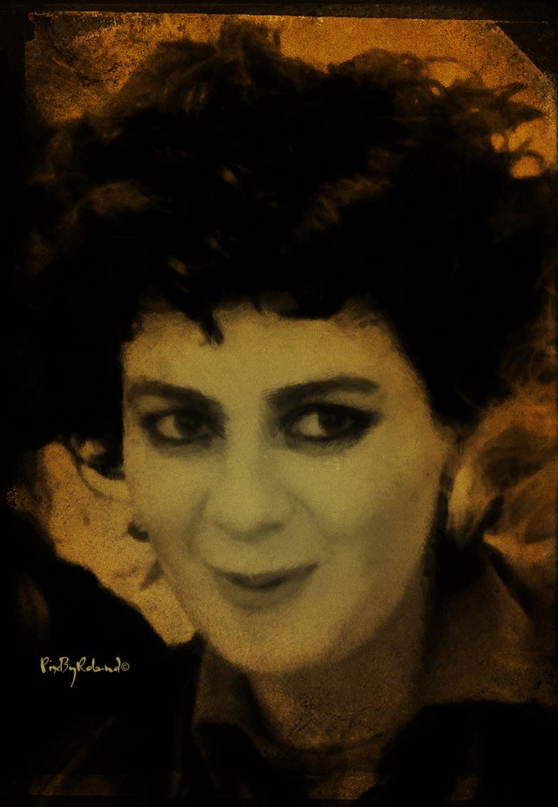 Tessa Pollitt a été la bassiste du groupe de rock punk The Slits de 1976 à 1981